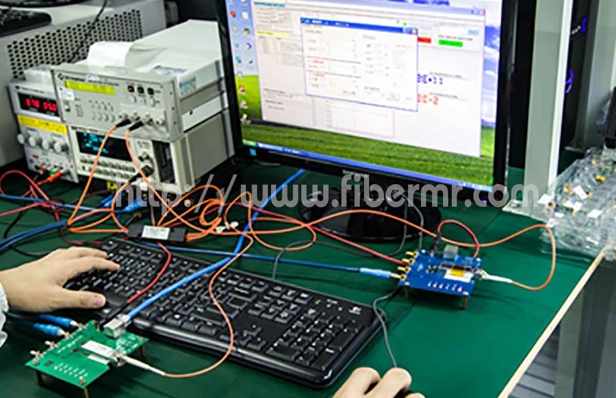 Fs new_factory_transceiver03.jpg