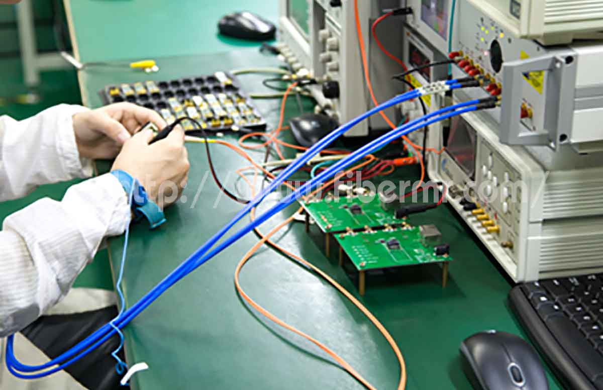 Fs new_factory_transceiver05.jpg