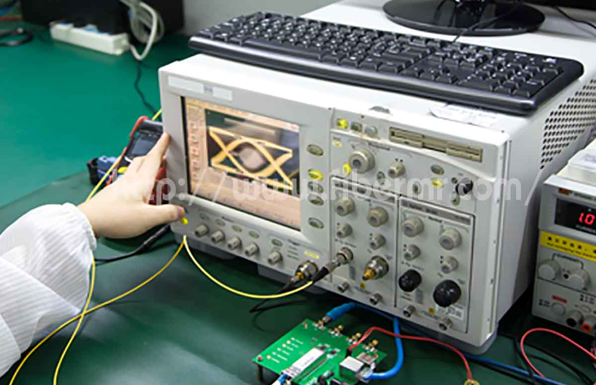 Fs new_factory_transceiver06.jpg